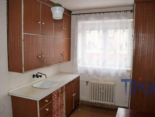 Trutnov - prostorný byt 2+1 foto 1