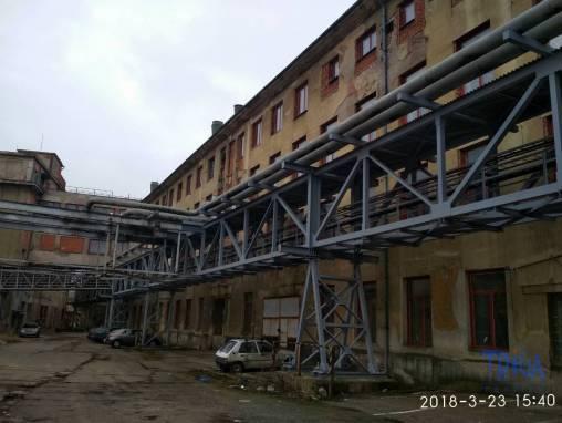 Jaroměř - pronájem nebytových prostor 500 m²  - sklad foto 1