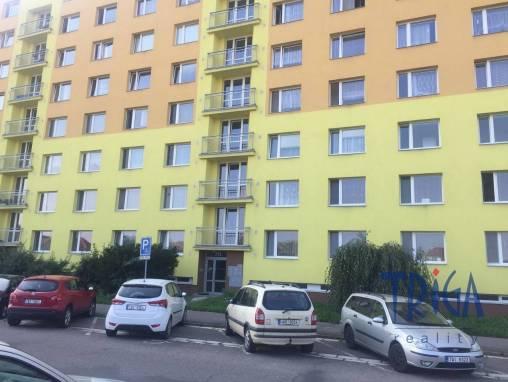 Jaroměř - byt 3+1 v OV s lodžií foto 1