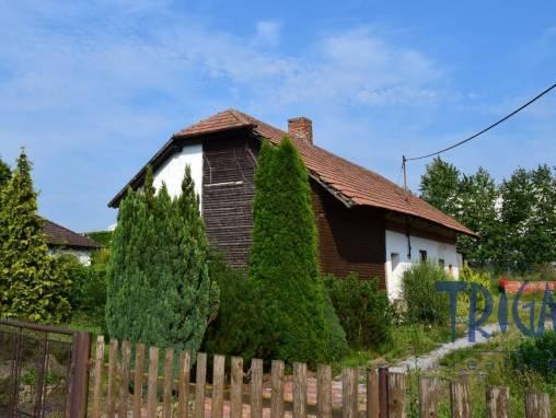 Býšť - prodej rodinného domu s pozemkem 932  m² foto 1