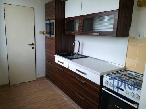 Libřice  - pronájem bytu 3+kk s balkonem  foto 1