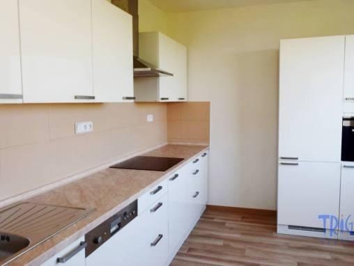 Jaroměř - podnájem nadstandardního bytu 2+1 foto 1