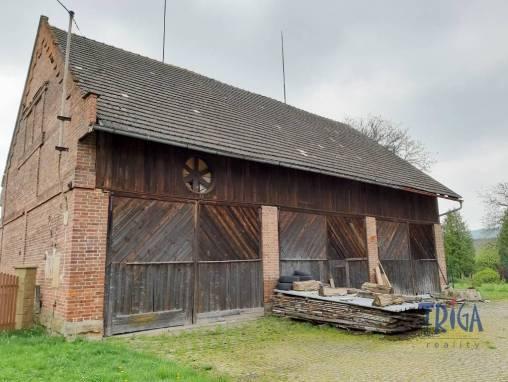 Bílá Třemešná - stodola foto 1