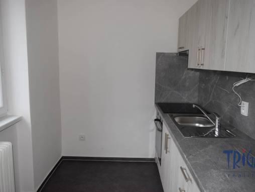 Nové Město nad Metují - pronájem bytu 1+1 foto 1