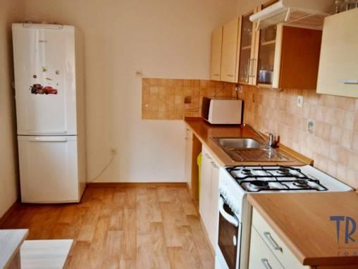 Jaroměř - pronájem bytu 2+1 Na Zavadilce foto 1