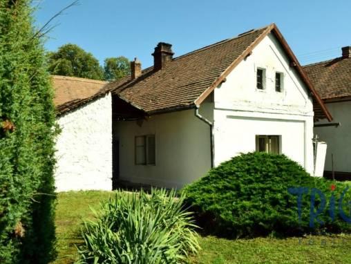 Jeníkovice - prodej staršího rodinného domu k rekonstrukci foto 1