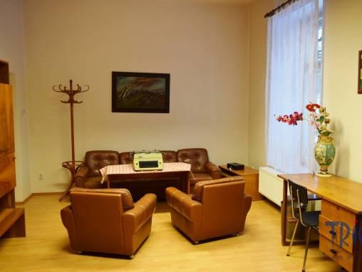 Jaroměř- Josefov - pronájem komerčního objektu 170  m² foto 1