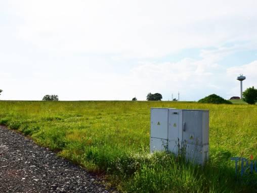 Náchod - Pavlišov - stavební pozemek 1122  m² foto 1