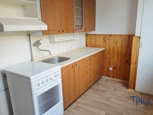 Jaroměř - pronájem prostorného bytu 2+1  foto 1