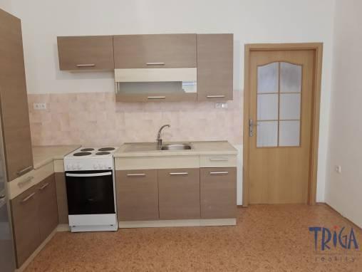 Jaroměř -Josefov - pronájem bytu 1+1 foto 1