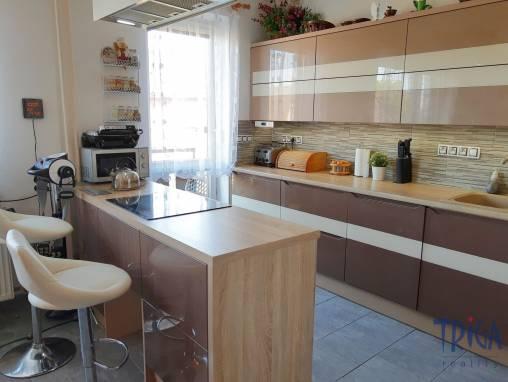 Červená Hora -  byt 3+kk po rekonstrukci s balkonem, garáží a zahrádkou foto 1