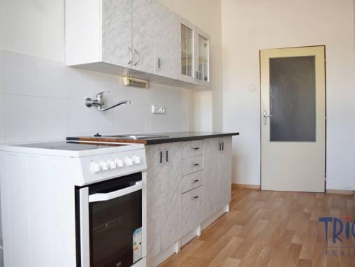 Jaroměř - pronájem bytu 2+1  foto 1