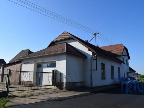 Commercial space for sale, Manufacture, 1170 m² foto 1