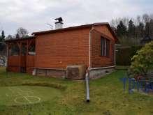 Dvůr Králové n. L. - zahrada s chatou foto 3
