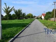 Býšť - prodej rodinného domu s pozemkem 932  m² foto 3