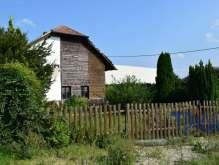 Býšť - prodej rodinného domu s pozemkem 932  m² foto 2