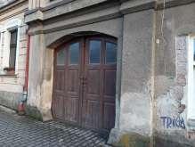 Dvůr Králové n. L. - garáž v domě foto 3