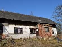 Lužany - starší rodinný dům určený k rekonstrukci s pozemkem 1656  m² foto 3