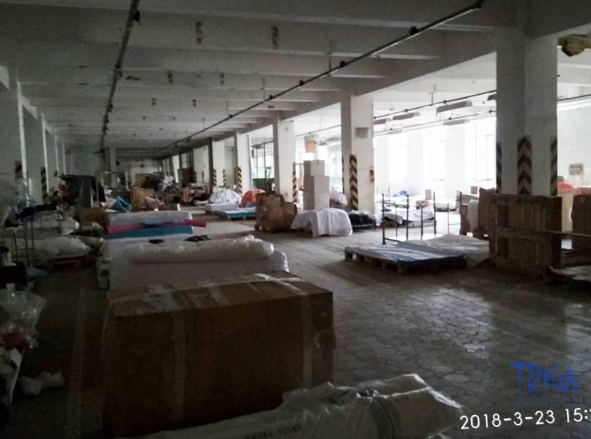 Jaroměř - pronájem nebytových prostor 1700 m²  - výroba /sklad
