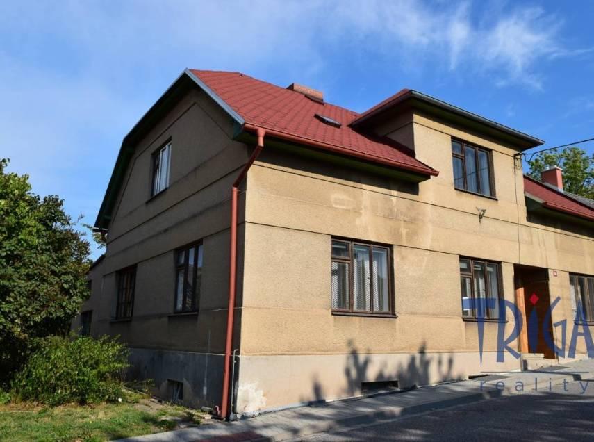 Nový Hrádek - rodinný dům blízko centra