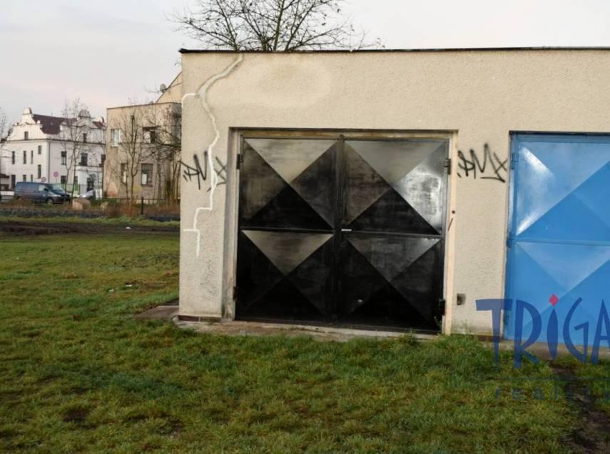 Jaroměř - pronájem garáže