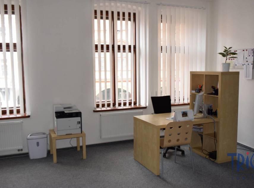 Jaroměř - pronájem kancelářských prostor