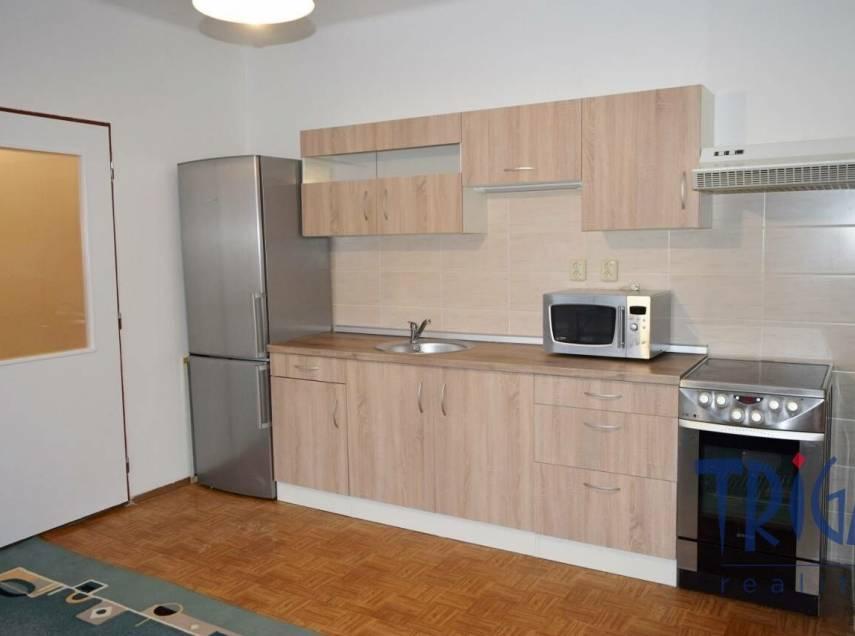 Jaroměř - pronájem bytu 2+kk po rekonstrukci
