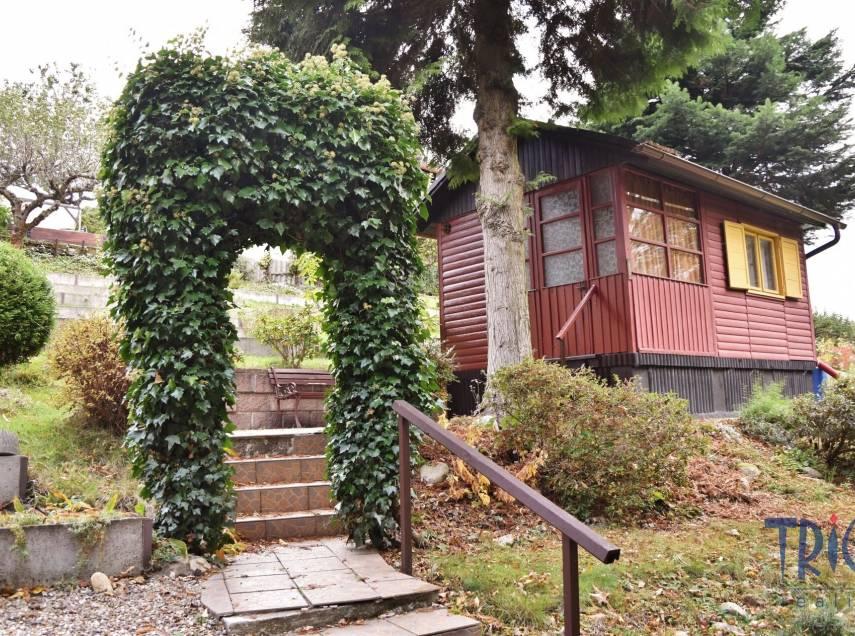 Kramolna - Lhotky - chata s pozemkem 434  m²