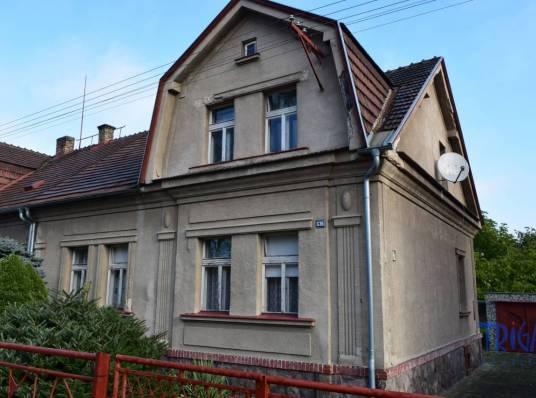 Týniště nad Orlicí - rodinný domu s garáží v klidné části města