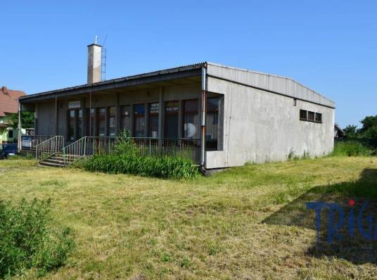 Commercial space for sale, Administrative building, 218 m²